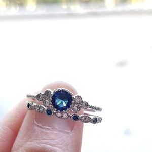 🍒NWOT🍒 925 STERLING SILVER DAINTY RING SET